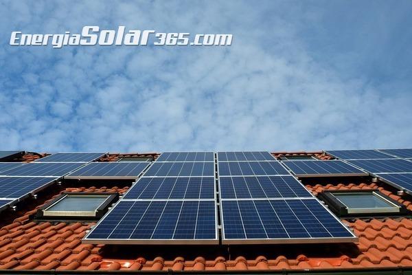 ¿Qué subvenciones podemos pedir si tenemos energía solar en casa?
