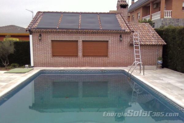 paneles solares para calentar el agua de la piscina de